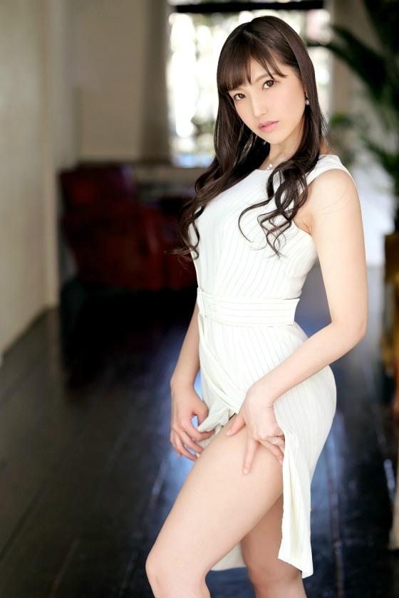 【259LUXU-1412】高坂千夏32岁社长夫人(原赛车女王)-259LUXU系列